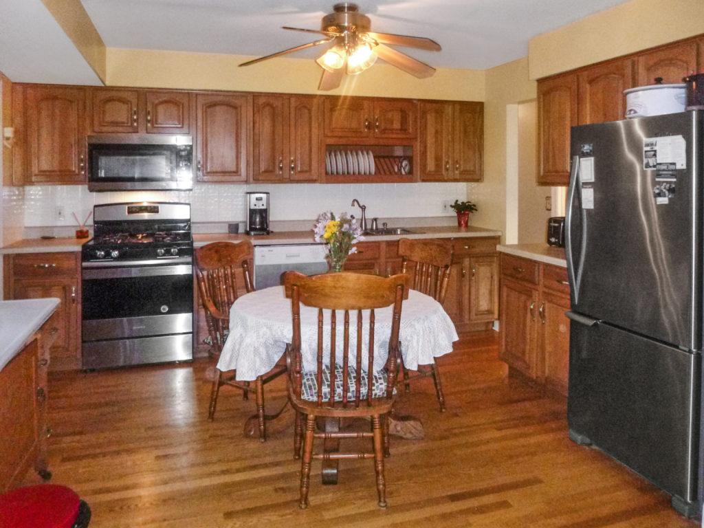 2921 Williams Drive Woodrdige Kitchen