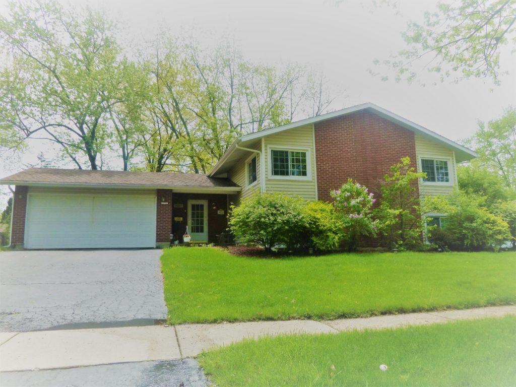 David Harney 2921 Williams Drive Woodridge Illinois Front Exterior